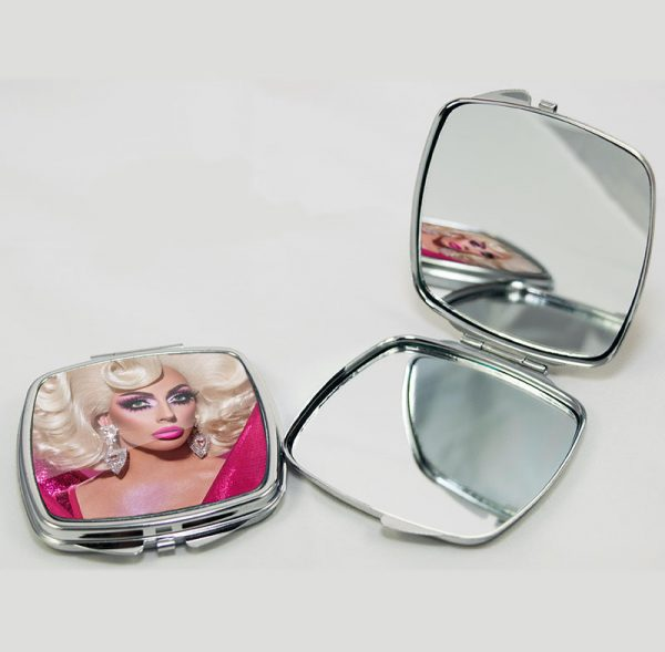 Stunning Mirror Compact